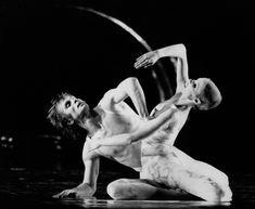 Dancers Rudolf Noureev and Carolyn Carlson in ballet 'Tristan' at the Opera de Paris on november Magnum Photos, Vanity Fair, Rue Des Archives, Vintage Ballet, Female Dancers, Nureyev, Ballet Photos, Modern Dance, Dance Art