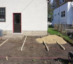 DIY Tips: The Best Way To Lay A Brick Paver Patio | Apartment Therapy
