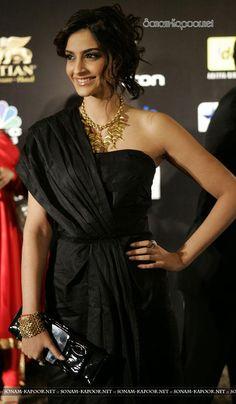 Sonam Kapoor at IIFA Charity Fashion Show | PINKVILLA
