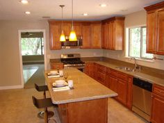 The New Yorker kitchen. Discounted kitchen cabinets by Kitchen Cabinet Kings   Buy Kitchen Cabinets Online and Save Big with Wholesale Pricing!