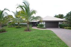 Beth Bloom: Our latest listing in #StAndrewsCountryClub #BocaRaton . Listed exclusively for $679,000