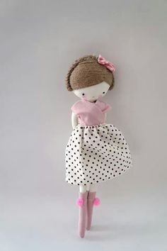 Las sandalias de Ana pretty shabby chic country folk plushie rag doll design sweet traditional style toy