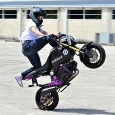 Grom Bike, Honda Grom, Board Skateboard, Invisible Man, Thug Life, Electronics Gadgets, Sport Bikes, Cool Tees, Cars And Motorcycles