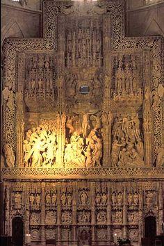 Huesca Cathedral pictures- Retablo de Damian Forment.