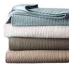 Amazon.com - Donna Karan Essentials Puckered Stitch Standard Quilt Sham White - Donna Karan Bedding