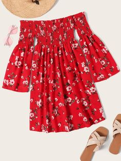 To find out about the Plus Floral Print Shirred Dress at SHEIN, part of our latest Plus Size Dresses ready to shop online today! Boho Outfits, Cute Outfits, Fashion Outfits, Shirred Dress, Smock Dress, Gingham Dress, How To Roll Sleeves, Latest Dress, Red Fashion