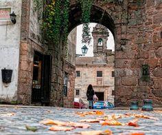 Puerta de Mazarelos, Santiago de Compostela.