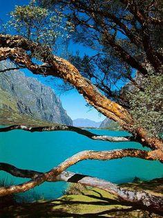 Laguna de Langanuco Huarez Peru