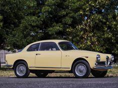 Alfa Romeo Giulietta Sprint 1300 by Bertone (1961)