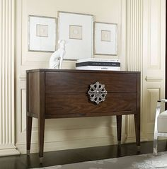 BEAUTIFUL MEDALLION ACCENT CHEST