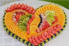 Cup of fruits on the party table . - Food - Food Carving Ideas - Cup of fruits on the party table … – Food – Food Carving Ideas Obstschneiden auf dem festlichen Tisch … – Food – Cup of fruit on the party table … Fruit Decorations, Food Decoration, Party Trays, Snacks Für Party, Fruit Plate, Fruit Art, Fruit Trays, Fruit Dips, Fruit Salad