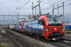 Trains and locomotive database and news portal about modern electric locomotives, made in Europe. Swiss Railways, Electric Locomotive, Train Station, Trains, Engineering, Switzerland, Railings, Europe, Levitate