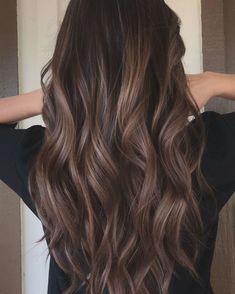 Highlights For Dark Brown Hair, Brown Hair Shades, Brown Hair Balayage, Hair Color Highlights, Balayage Brunette, Hair Color Balayage, Hair Color For Black Hair, Brunette Highlights, Brunette Hair Chocolate Caramel Balayage