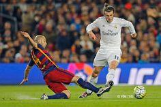 Barcelona 1-2 Real Madrid   Goals from Karim Benzema and Cristiano Ronaldo earned us a comeback win against Barcelona!  Los goles de Karim Benzema y Cristiano Ronaldo nos ayudaron a remontar y ganar al Barcelona en el Camp Nou.   #RMClasico #RMLiga #HalaMadrid #elclasico