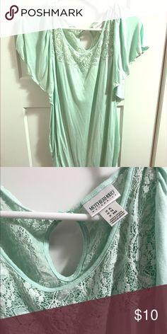 Motherhood mint green top Motherhood maternity mint green flutter top. Euc. Size xl. Tops Tees - Short Sleeve
