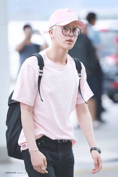 Image discovered by Tuan Leydi. Find images and videos about kpop, bts and bangtan boys on We Heart It - the app to get lost in what you love. Jimin Jungkook, Bts Jin, Jin Kim, Bts Bangtan Boy, Bts Taehyung, Seokjin, Hoseok, Kim Namjoon, Park Ji Min