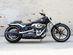 2013 Harley-Davidson Breakout Review: Premium Cruiser or Bargain ...