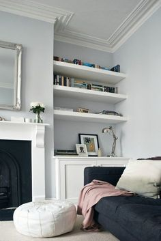 Home decorating ideas living room grey walls, white details, victorian living room – awesome home design ideas and decor New Living Room, Living Room Interior, Home Interior, Home And Living, Living Spaces, Interior Design Victorian House, Modern Living, Victorian House Interiors, Victorian Terrace House