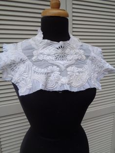 Antique Lawn Dress Bodice Fragment with Embroidery White Cotton Dress Collar Antique Lace Handmade Lace Cotton Collar 88