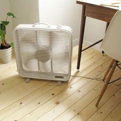 置く換気扇。 Reizend スクエアファン - まとめのインテリア / デザイン雑貨とインテリアのまとめ。