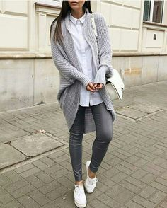 Which is why, your outfits have to be put together with lots of of care. The best method to understand an outstanding outfit using leggings is to examine some visual inspiration. You may fail with black and white outfit each… Continue Reading → Cute Fall Outfits, Sporty Outfits, Mode Outfits, Winter Outfits, Outfits 2016, Teen Fashion Outfits, School Outfits, Look Fashion, Autumn Fashion