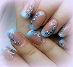 Here is a tutorial for an interesting Christmas nail art Silver glitter on a white background – a very elegant idea to welcome Christmas with style Decoration in a light garland for your Christmas nails Materials and tools needed: base… Continue Reading → Nail Art Designs, Nail Designs Spring, Christmas Nail Art, Holiday Nails, Perfect Nails, Gorgeous Nails, Crome Nails, Nagel Gel, Beautiful Nail Designs