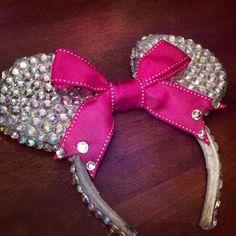 Handmade Minnie Mouse ears (:
