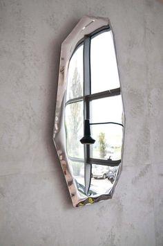 Rustic Wall Mirrors, Round Wall Mirror, Mirror Art, Modern Mirrors, Unique Mirrors, Contemporary Interior Design, Decor Interior Design, Interior Decorating, Contemporary Garden