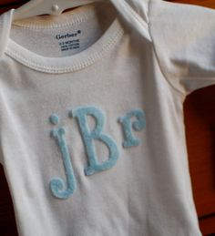 so basically, today, i'm going to show you how to monogram without spending mega money! but the price tag for monogramming is too much . Diy Baby Gifts, Easy Gifts, Craft Gifts, Cute Crafts, Felt Crafts, Diy Crafts, Fabric Crafts, Sewing For Kids, Baby Sewing