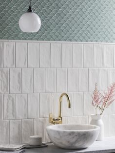 Add a subtle elegance to your walls with the Paintbox Bone Gloss Mouldings Decorative Tile Collection. Available in many colours & finishes at Mandarin Stone. Bathroom Renos, Bathroom Wall, Small Bathroom, Washroom, Latest Bathroom Tiles, Ceramic Tile Bathrooms, Mandarin Stone, Küchen Design, Fish Design