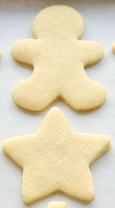 How to Make Perfect Sugar Cookies This is truly the only sugar cookie recipe you'll ever need! - How to Make Perfect Sugar Cookies ~ They're delicious both with and without icing, they keep their shape and they have perfect edges every single time! Best Sugar Cookies, Sugar Cookies Recipe, Holiday Cookies, Simple Sugar Cookie Recipe, Sugar Biscuits Recipe, Frosted Sugar Cookies, Summer Cookies, Valentine Cookies, Birthday Cookies
