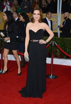 Tina Fey Oscar de la Renta at 2013 SAG Awards - Getty Images - HarpersBAZAAR.com