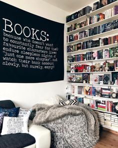 Trendy home library ideas book lovers life ideas Library Room, Dream Library, Library Ideas, My New Room, My Room, Bookshelf Inspiration, Corner Nook, Home Libraries, Aesthetic Rooms