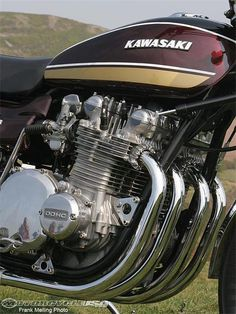 The four-cylinder Kawasaki Z1 was a DOHC design.