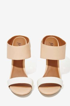 neutral and nude mules