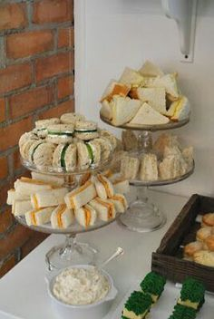Baby Shower Food Display Tea Sandwiches 27 New Ideas Peter Rabbit Birthday, Peter Rabbit Party, Peter Rabbit Cake, Party Finger Foods, Snacks Für Party, Party Appetizers, Baby Shower Finger Foods, Tea Snacks, Holiday Appetizers