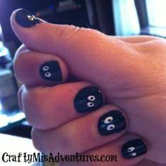 Crafty Home Improvement (Mis)Adventures:   Easy Halloween Nails