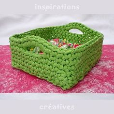 Ravelry: Zpagetti Square Basket pattern by Sylvie Sirugue Sponsored By: Grandma's Crochet Shop Crochet Storage, Crochet Diy, Crochet Amigurumi, Crochet Home, Crochet Crafts, Yarn Crafts, Diy Crafts, Yarn Projects, Knitting Projects