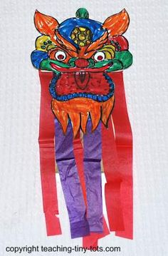 Chinese New Year Dragon Puppet Free Printable #chinesenewyear http://www.teaching-tiny-tots.com/toddler-activities-dragon-puppet.html