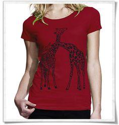 Giraffes in love / verliebte Giraffen /  Love /  Liebe / print / apparel /  tshirts / shirts / Shirt / Fair Shirt / T-Shirt / nachhaltig / Öko / eco / fair / mode / Frauenmode / Fashion / Fashionblogger / red / rot #fairtrade #fairwear #fairfashion #slowfashion #ethicalfashion #nachhaltig #sustainable #ecofashion #fashionblogger #slowfashionblogger #beautyblogger #bblogger #greenbblogger #greenliving #grünemode #bio #organic #liebe #love #giraffen #giraffe #lohas #greenbeauty