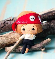 El pirata. Patrón PDF. Muñeca de fieltro. por Noialand en Etsy