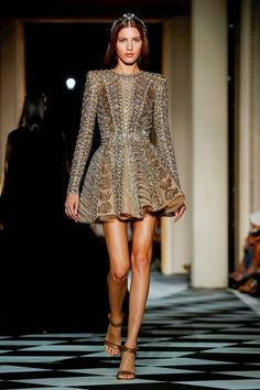 55 Best ideas for sport dress outfit stylists Fashion Week, High Fashion, Fashion Show, Fashion Design, Fashion Pics, Elegant Dresses, Pretty Dresses, Beautiful Dresses, Zuhair Murad