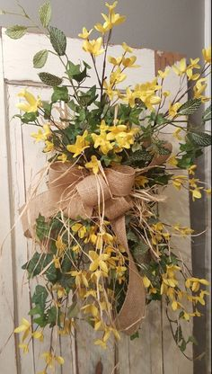 swag - Wreath Great for All Year Round - Everyday Burlap Wreath, Door Wreath, Front Door Wreath, wedding, forsythia Front Door Decor, Wreaths For Front Door, Door Wreaths, Burlap Wreaths, Burlap Swag, Wreath Hanger, Diy Wreath, Wreath Ideas, Easter Wreaths