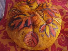 10 Things to make with Squash and Sweet Potatoes    http://cheftessbakeresse.blogspot.com/2012/10/the-top-10-things-i-make-with-squash.html