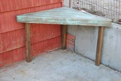 Pallet Wood Corner Tables on Etsy, $200.00- I could make this myself for nothin! Great for a kids homework area!