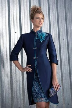 A very smart formal daywear dress and coat by Carla Ruiz - love this colour blue. Mother Of Bride Outfits, Mothers Dresses, Mother Of The Bride, Mob Dresses, Short Dresses, Bride Dresses, Coat Dress, Lace Dress, Dress Vestidos