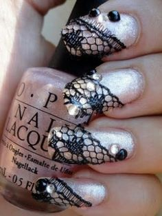 Google Image Result for http://static.becomegorgeous.com/img/arts/2011/Sep/14/5343/nail_designs_thumb.jpg