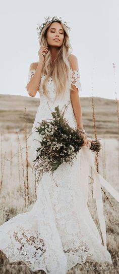 Wedding Gown Rustic wedding dress by Lover Society - Are you looking for an elegant bridal gown that will look at peace with Mother Nature and blends seamlessly with your surroundings? Here are 15 Rustic Wedding Dresses for the Sophisticated Bride. Lace Beach Wedding Dress, Country Wedding Dresses, Ivory Wedding, Cheap Wedding Dress, Dress Lace, Rustic Dresses, Wedding Vintage, Vintage Dresses, Vintage Weddings