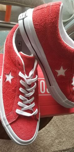 4e0c522387b Converse Men s ONE STAR PREMIUM SUEDE LOW TOP Shoes Red White 158434C c   fashion