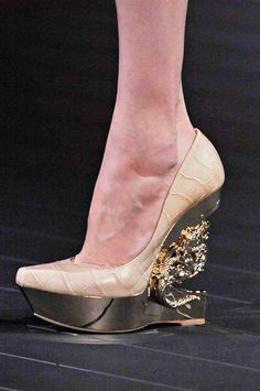 Roberto Cavalli cool dragon nude metallic wedges